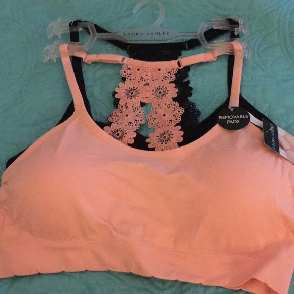 3b04c6ae3c NWT Laura Ashley 2 pack lace racer seamless bras NWT